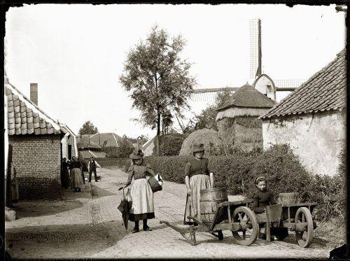 Scherpenzeel, Nieuwstraat naar het noorden gezien 1899 Collectie Stadsarchief Amsterdam #Gelderland #Veluwe