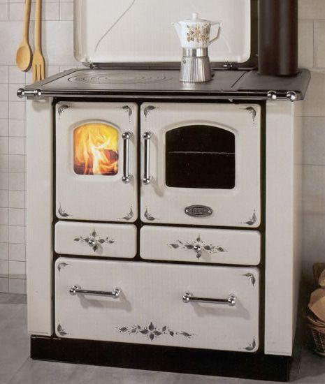 Pin de nilda pia en cocinas y estufas a le a cocina a for Cocinas a gas economicas