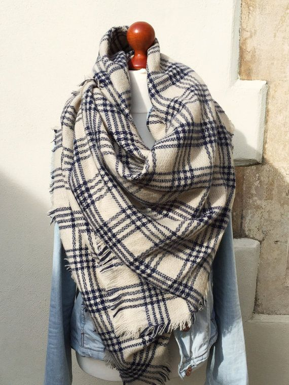 Blanket scarf, plaid scarf, plaid blanket scarf, oversized scarf, winter scarf, soft scarf, chunky scarf