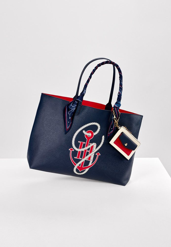 Gigi Hadid s Tommy Hilfiger Collection  66a4c91f693