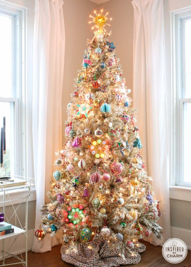 A gold tree decked out in vintage ornaments. Visions of sugar plums......  Love it! - Tuesdays Favorite Finds #14 Beaded Ornaments I'm Dreaming Of A