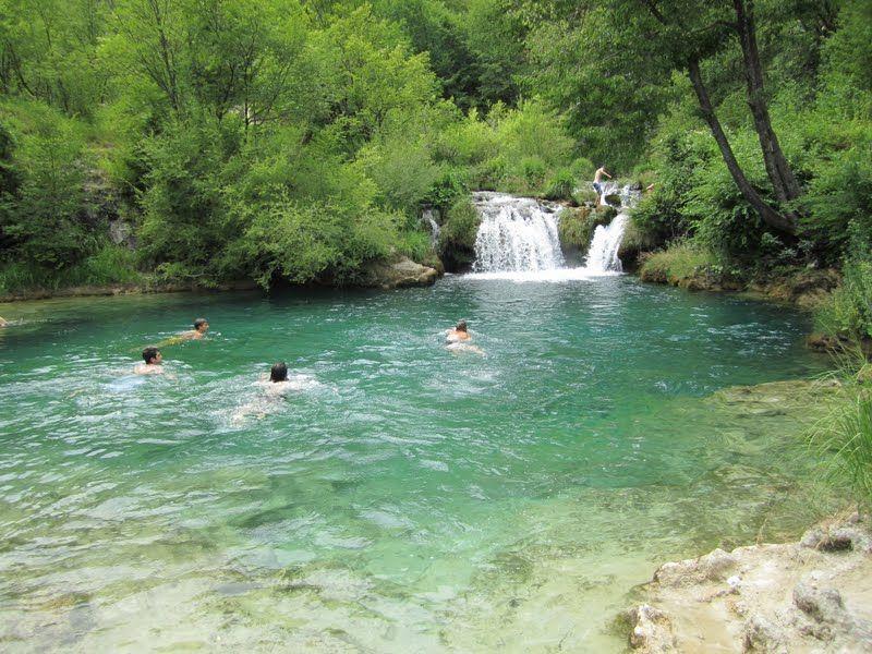 Korana River Near Plitvici Lakes You Cannot Swim In Plitvici But You Can In Korana Tip Van Wanderlustsammy Fotos Lugares
