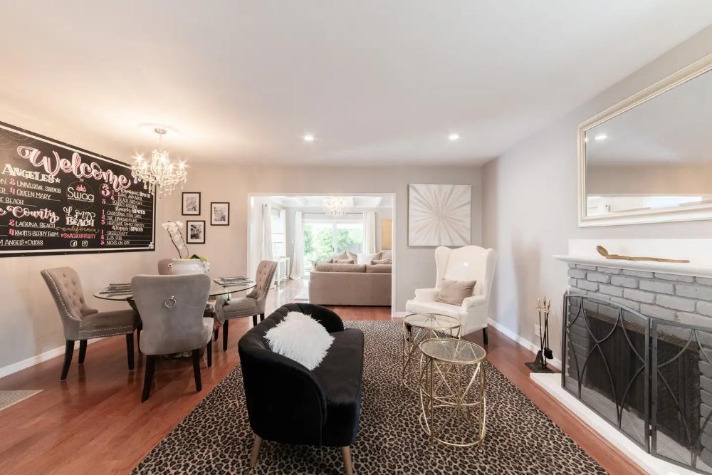Charming & Cozy 3 Bedroom Retreat in Bixby Heights