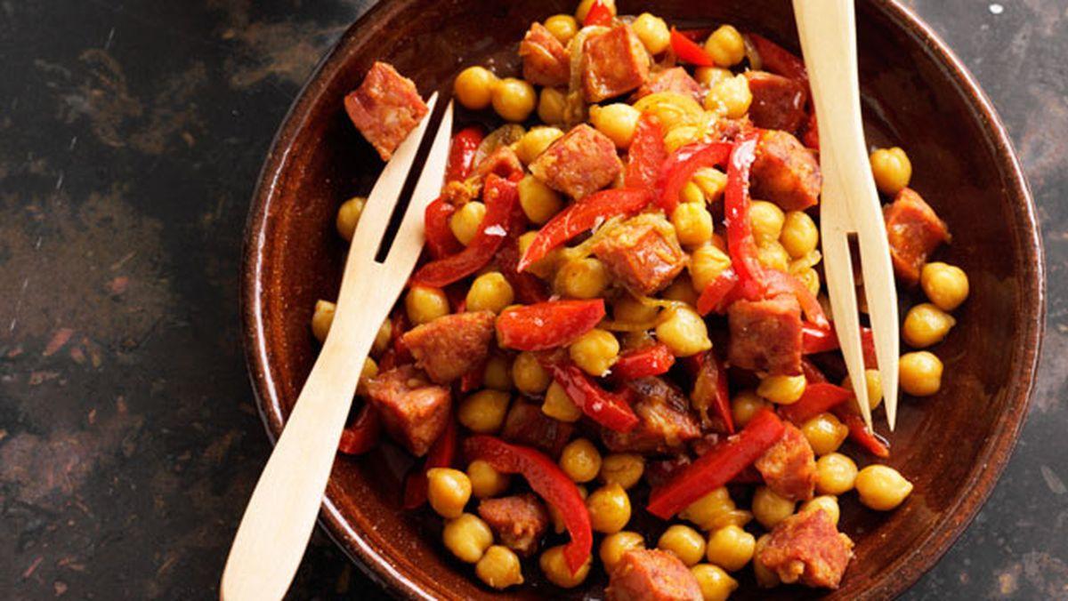 Chorizo And Chickpeas In White Wine Recipe Food Recipes Chorizo