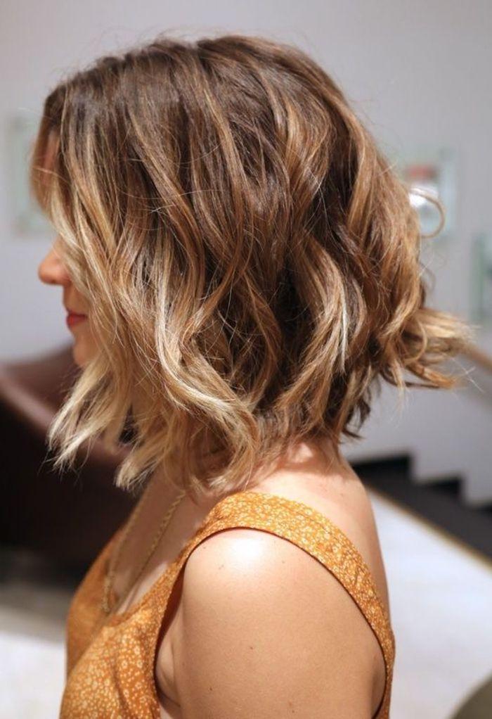 schulterlange Haare braune Haare mit Ombre Strähnen schnelle und