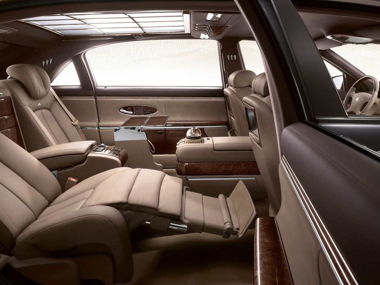 Maybach Luxury Car Interior Bing Images Luxury Car Interior Luxury Cars Maybach