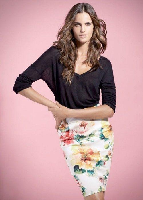 http://vestidosdenochecortos.com/faldas-con-estampados-de-flores/