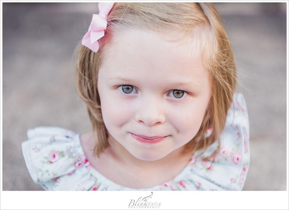 Child Photography   Children   Girl Pose  