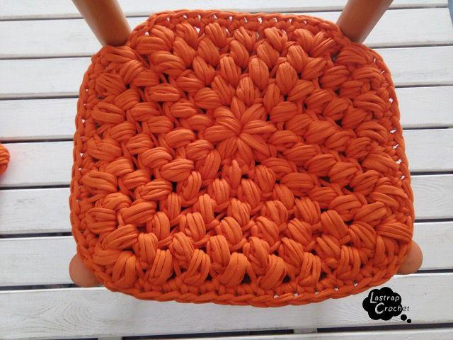 Asiento trapillo cuadrado macrame pinterest trapillo for Cojines de trapillo