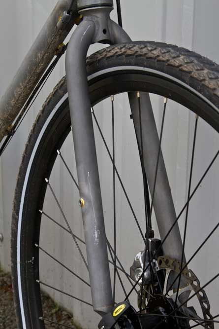 Kona Cromoly straight blade fork with fender and rack eyelets, 40c tire pictured