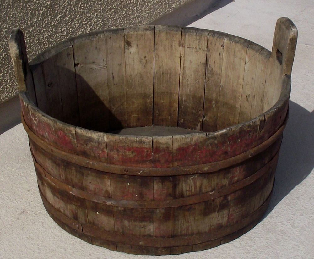 25 X 17 Antique Primitive Handled Wooden Wash Tub With Old Red