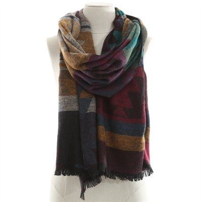 Pimkie.fr   On aime l imprimé ethnique de cette maxi-écharpe, accessoire  tendance de l automne prochain. 924a663950e