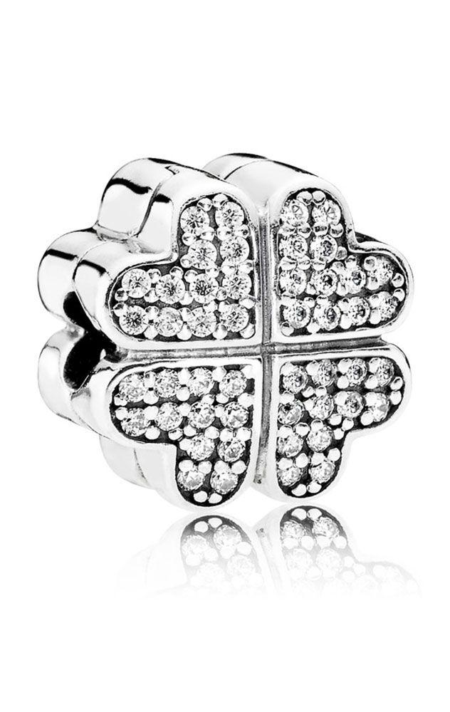 89cb0a0d5 Charm Clip Pandora plata y circonitas Pétalos de Amor 791805CZ ...