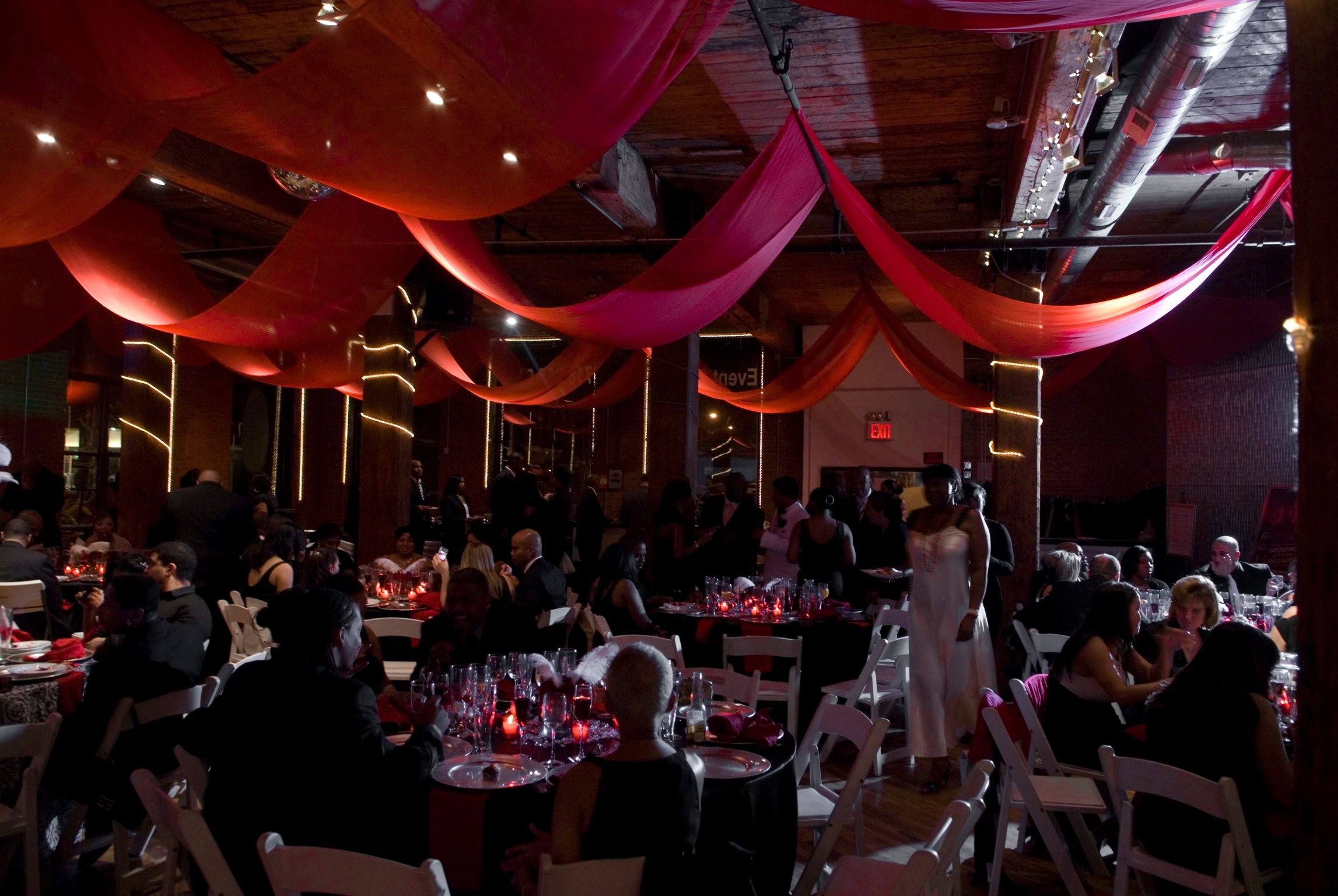 Inside wedding decoration ideas  Reception of Old Hollywood theme wedding  Prom  Pinterest