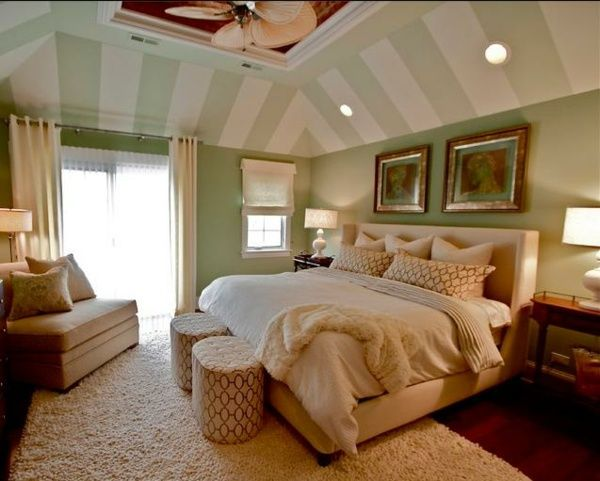 Gestaltungsideen schlafzimmer mit dachschr ge streifen for Gestaltungsideen schlafzimmer