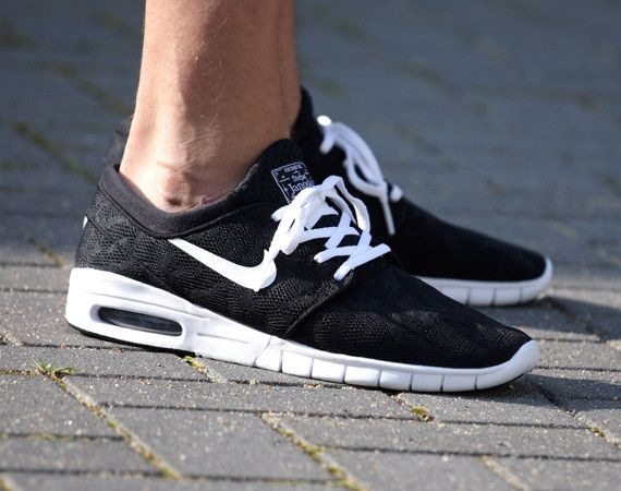 Nike Stefan Janoski Max Black White