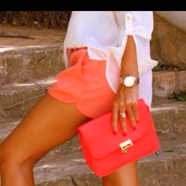 Loose tunic top, hot color shorts