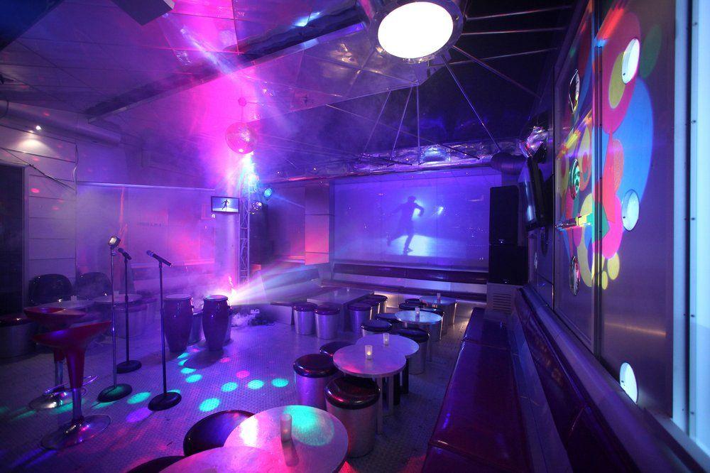 Chorus Karaoke photos Karaoke, Chorus, Bar design