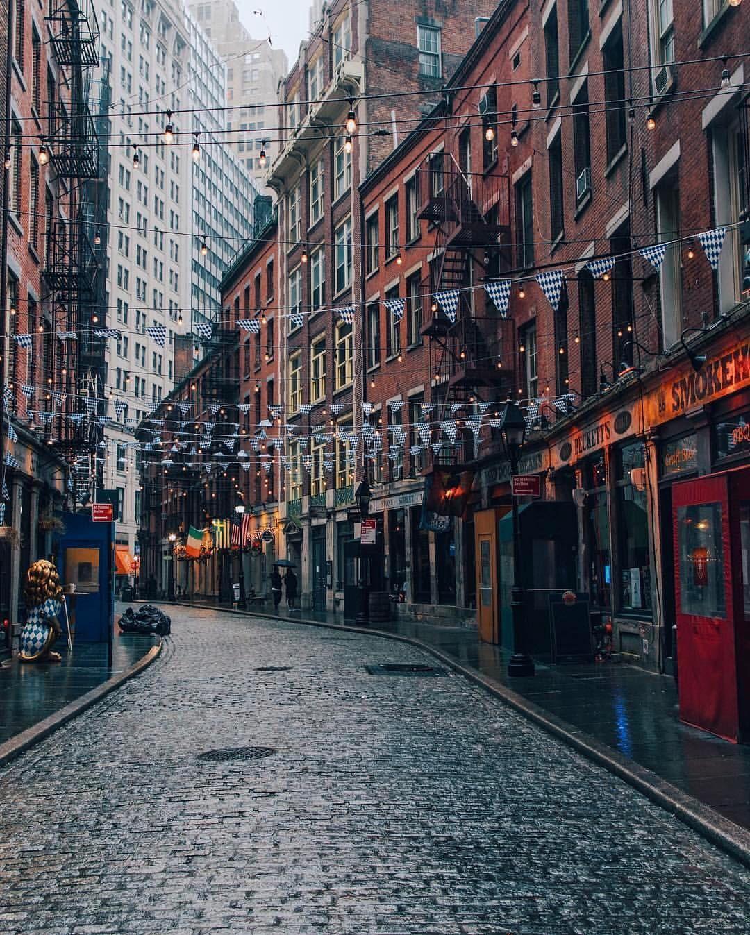 Manhattan Streets: Stone Street Lower Manhattan