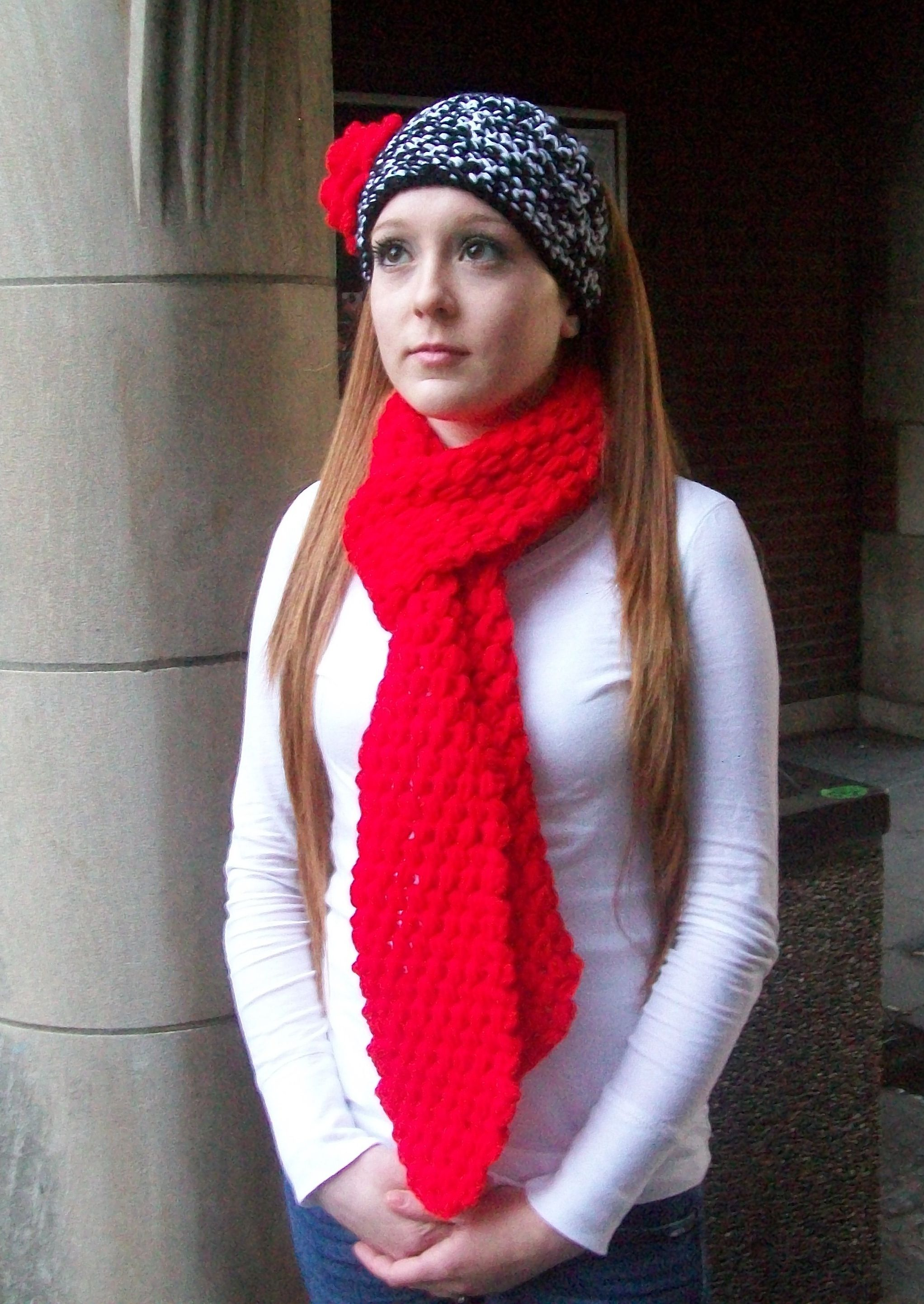 White and Red Ear Warmer with Red flower ~Acrylic & cotton Yarn ...