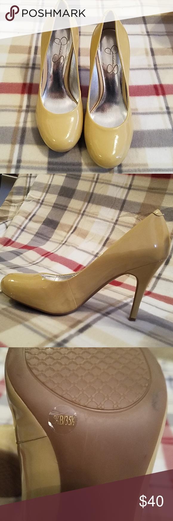 c35421edaf3 Jessica Simpson shoes Jessica Simpson beige shoes barely worn Jessica  Simpson Shoes Heels