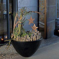 Deko garten modern  Schale vor der Eingangstür | Weihnachten | Pinterest | Eingangstür ...