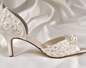 Womans Low Heel Wedding Shoes Vintage By Pink2Blue