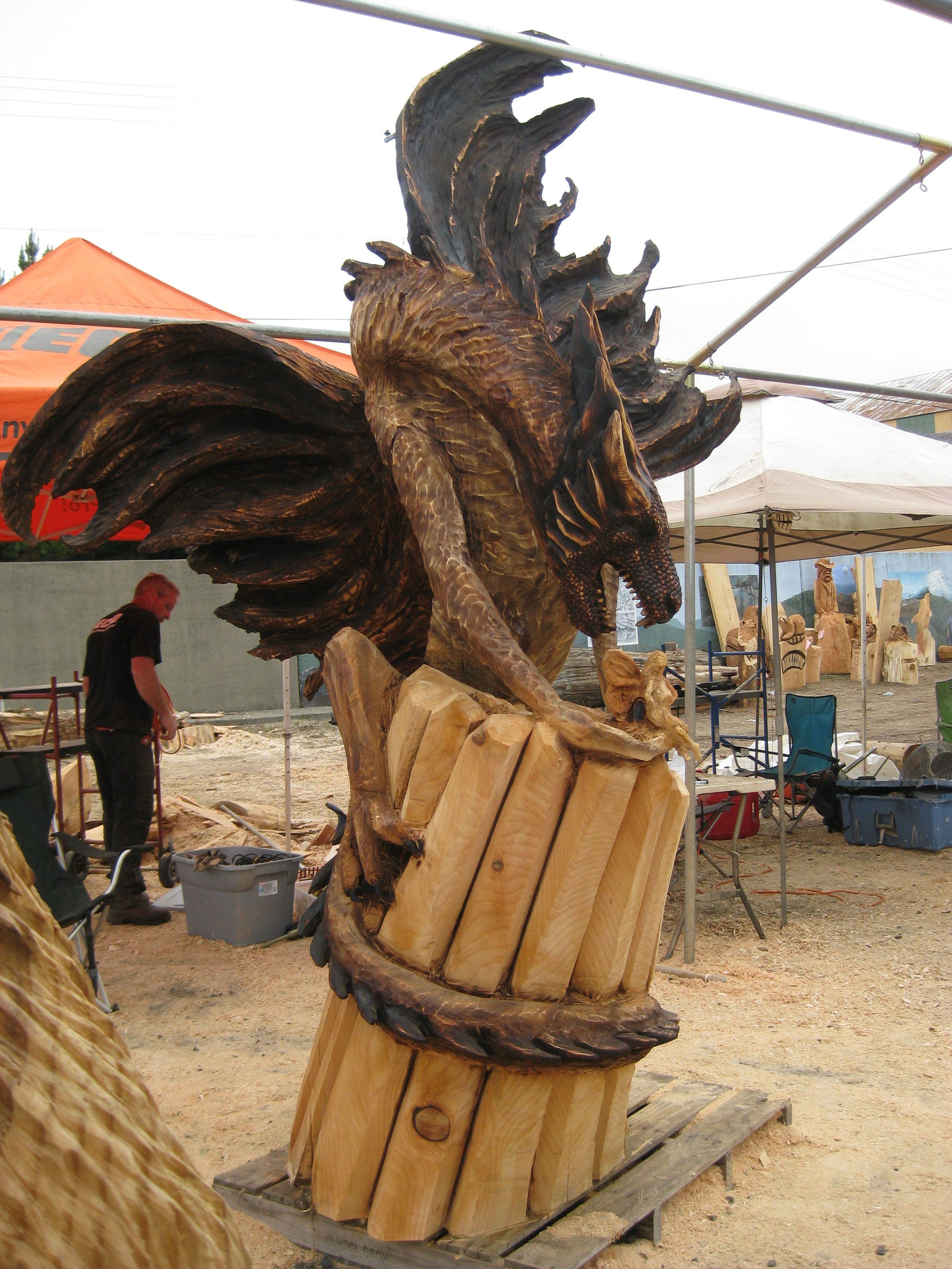 Oregon divisional chainsaw sculpting championships in