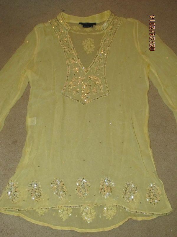 0573fc5314836 BCBG Maxazria Yellow SILK Embroidered Silver Sequin Blouse Top Tunic XS   BCBGMAXAZRIA  Blouse