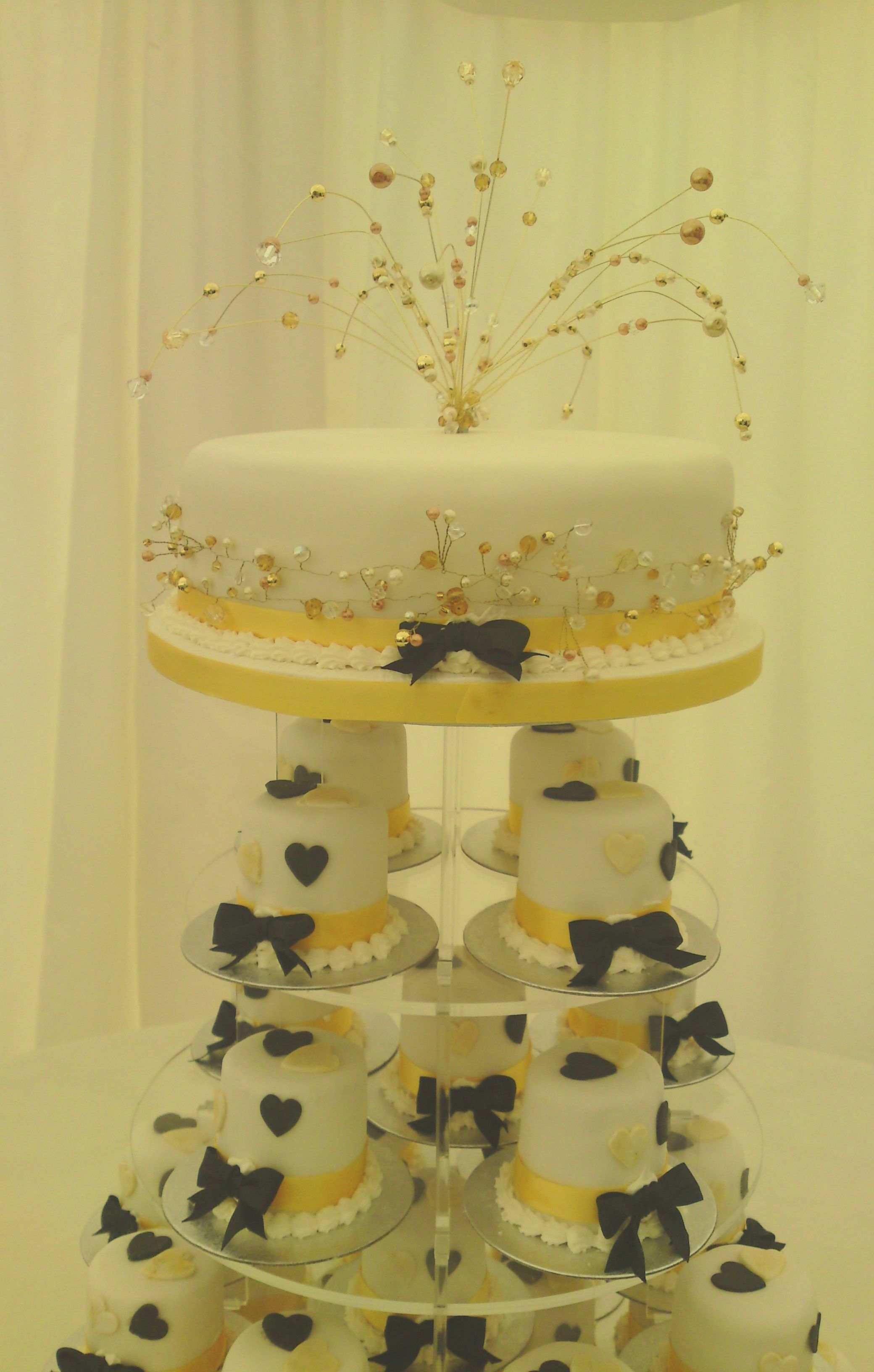 Mini Wedding Cakes from Anne\'s Cakes For All Occasions, Norfolk ...