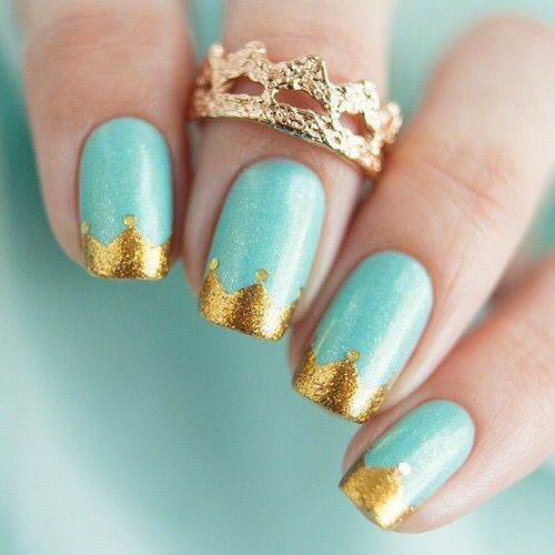 Top 30 Trending Nail Art Designs And Ideas - Page 7 of 40 - Nail Polish  Addicted - Sweet, But I'd Do Silver For Crown Nails Pinterest Crown, Nail