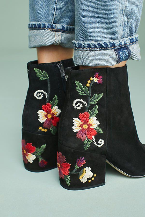 5049cabe8875c Slide View  2  Sam Edelman Tavi Embroidered Boots
