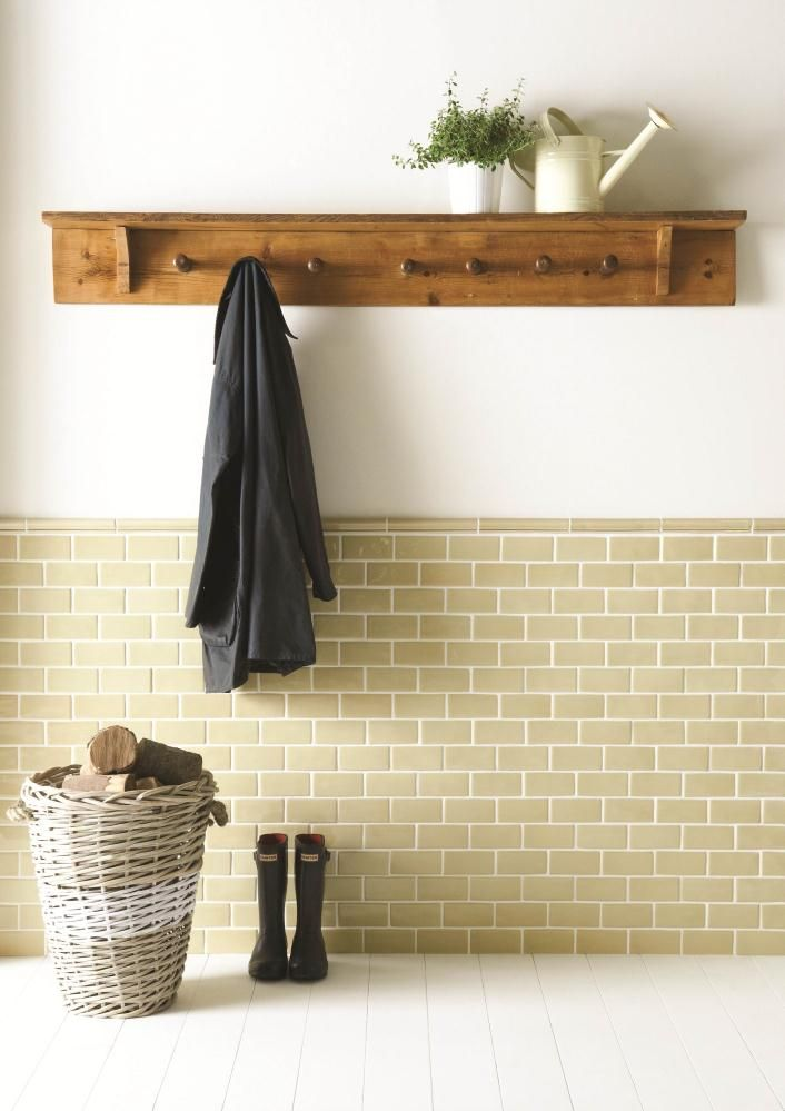 Pin By Cathie Plyler On Tile Traditional Kitchen Tiles Metro