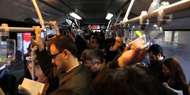Toplu taşımada yaşanan ilginç olay!