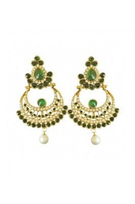 Doll up your look with this green and white stone shell pearl golden plated chand bali earrings #womensfashion #womensjewelleries #womensaccessories #earringsonline #chandbaliearrings  Shop here-  https://trendybharat.com/green-and-white-stone-shell-pearl-golden-plated-chand-bali-earrings-pse23?search=jewellery%20for%20women&page=5