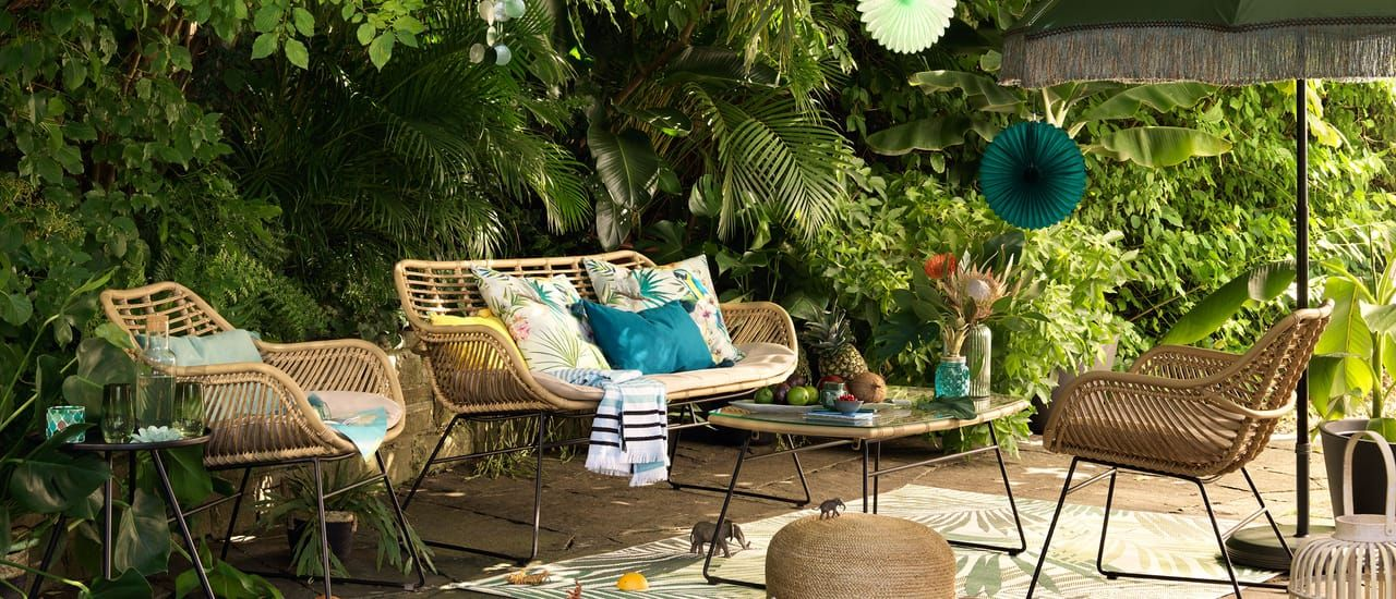 Outdoor Mobel Im Bali Look Outdoor Mobel Outdoor Naturliche Wohnzimmer