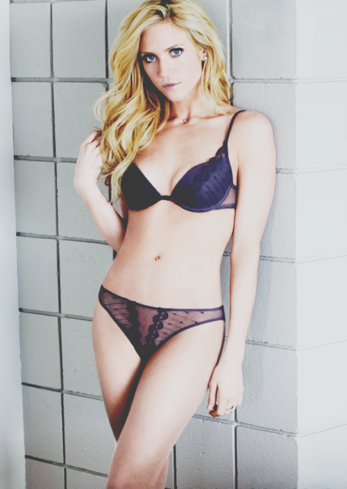Nude Pics Of Brittany Snow