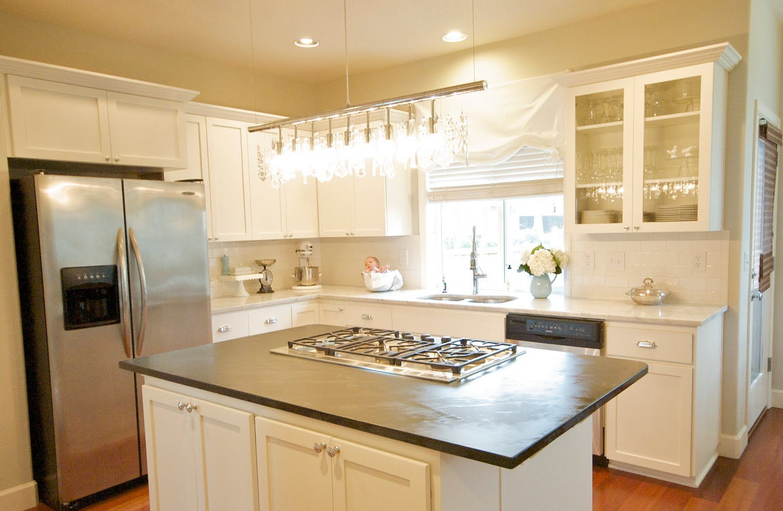 White Kitchens  White Cabinets And I Loved Them I Loved The Mesmerizing Black And White Kitchens Designs Inspiration