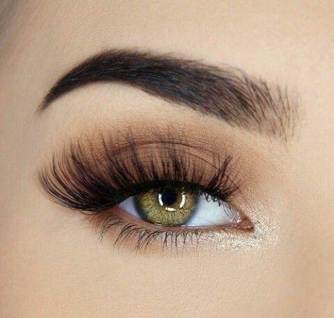 Image About Fashion In Eyes أجمل عيون وحواجب By Zez0 Eye Makeup Eyeshadow Makeup Wedding Makeup Tips