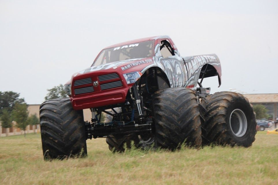 Dodge Ram Lifted Trucks That Even A Chevy Truck Guy Would Love Twitter Gmcguys Monster Trucks Big Monster Trucks Trucks