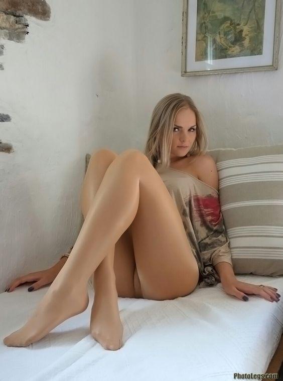 Shiny Tights: | Pyjama De Soie | Pinterest | Legs