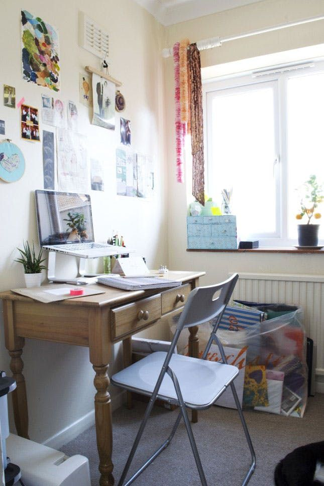 see how this designer transformed her messy desk into a productive rh pinterest co uk
