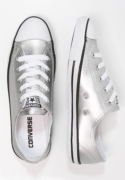 Converse Chuck Taylor All Star Dainty Low in SilverBlackWhite