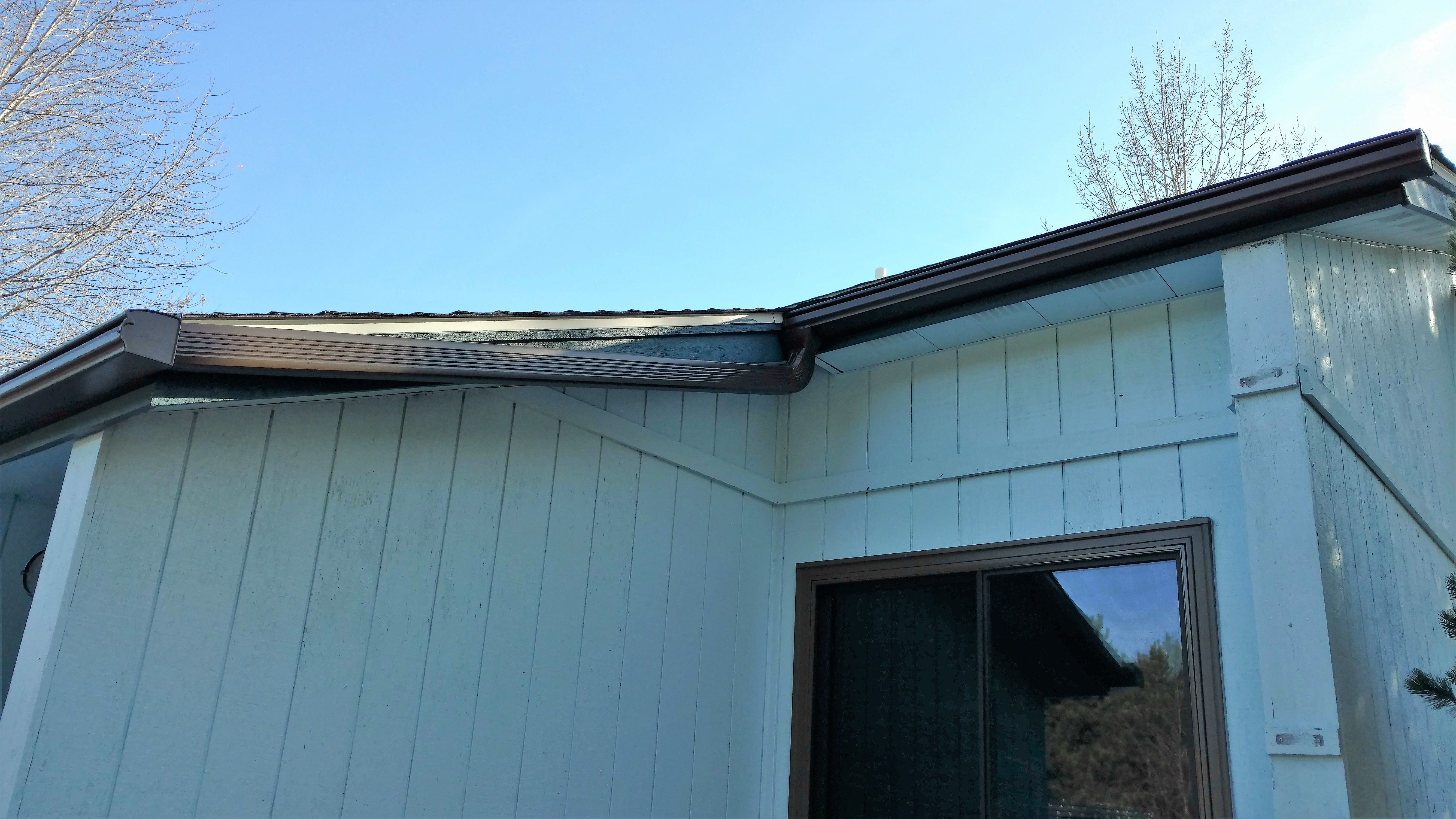 Leafguard Gutter System With Custom Downspouts Completed October 2018 Leafguardgutters Seamlessgutters Raingutter Seamless Gutters Leaf Guard Gutter Guard