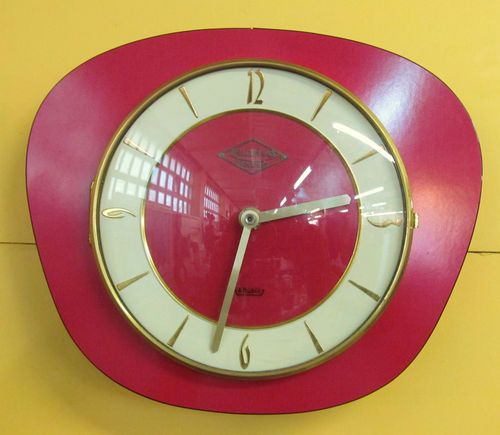 pendule electrique murale lutetia en formica rouge vintage 1950 horloge pinterest. Black Bedroom Furniture Sets. Home Design Ideas
