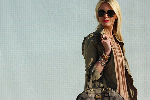 oversized aviator sunglasses look great here. Just make sure they work for your face. ;)