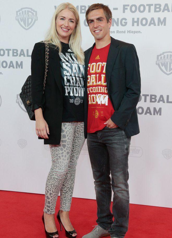 Neuer Lahm Co Warum Sieht Man Ihre Frauen So Selten Fussball Freundin Sport Fussball Claudia Lahm