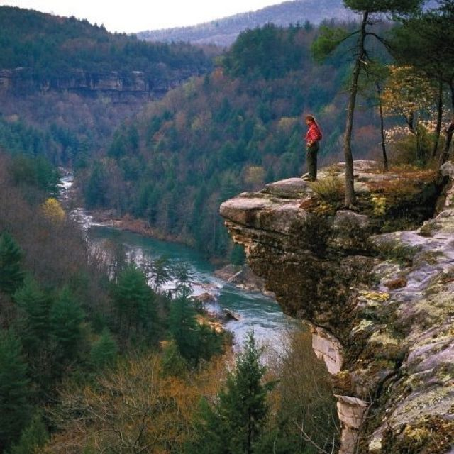 Places To Visit In The Fall In Usa: Another Beautiful Spot In Tennessee.