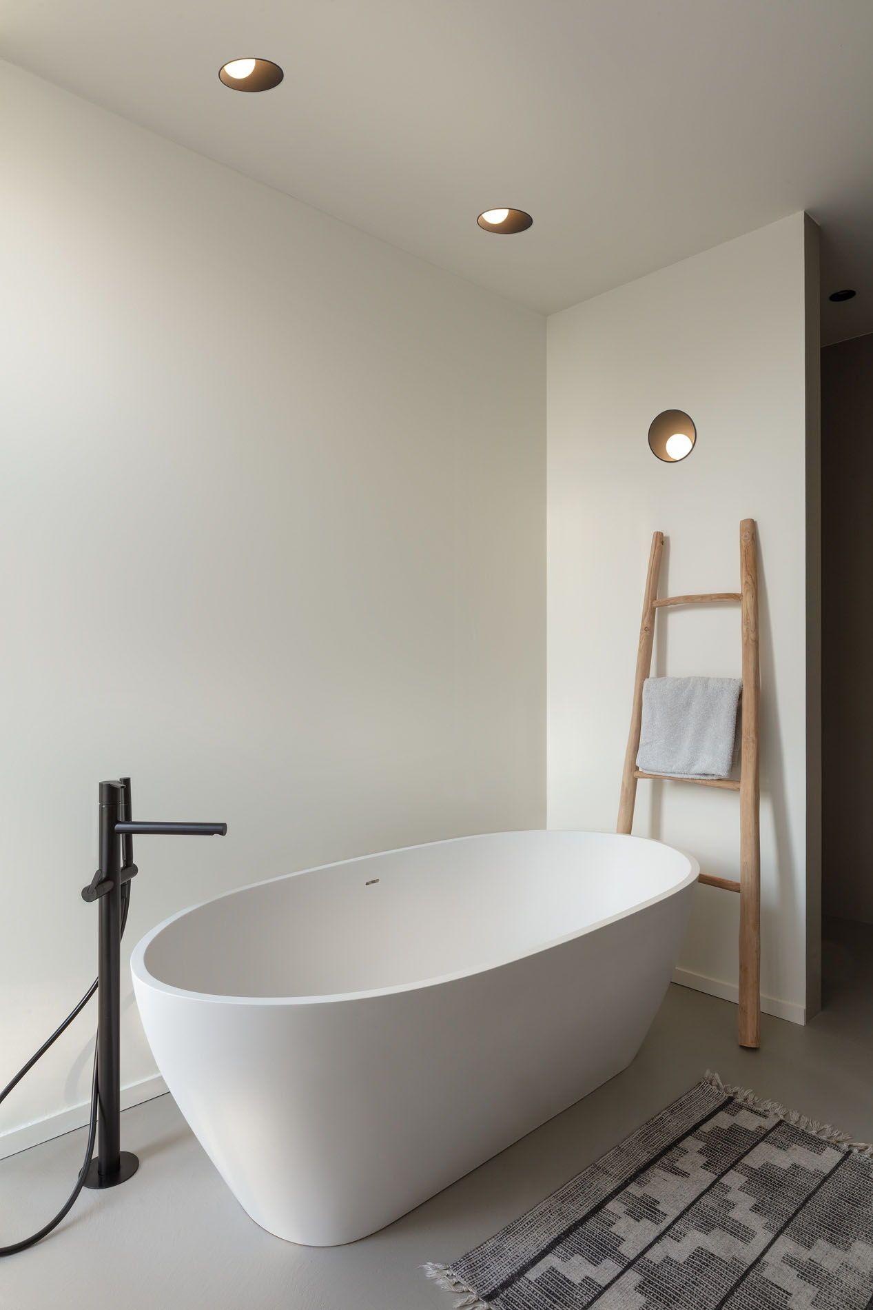Moroccan Inspired Wall Light Display Shelf Bathroom Design Beautiful Bathrooms Moroccan Bathroom
