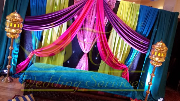 Mehndi Stage Background : Nice stage wedding bridal showers and backdrops